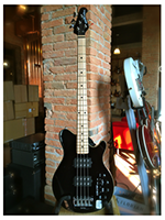 Music Man Reflex 4 HH Black Mn