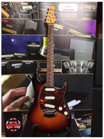 Music Man Music Man Cutlass Sunburst