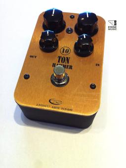 J.rockett Audio Designs 10 Tone Hammer Distortion