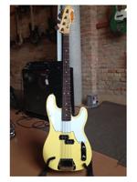 Fender MIKE DIRNT PRECISION BASS VINTAGE WHITE