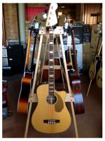 Fender KINGMAN BASS NATURAL